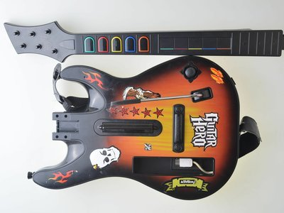 Guitar Hero Guitar - Wii - Wii - Outlet