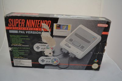 Super Nintendo Super Mario World Pack